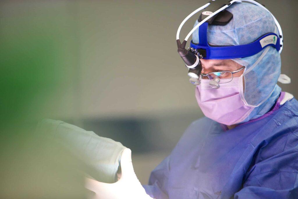 جراحة الجنف